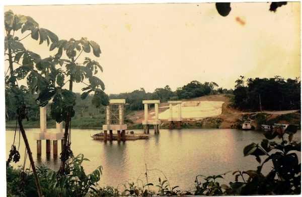 Inicio das óbras de construção da Ponte ainda lembram os tempos dificeis de então