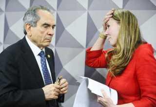 Vanessa Grazziotin leva fora surpreendente e é 'expulsa' do impeachment