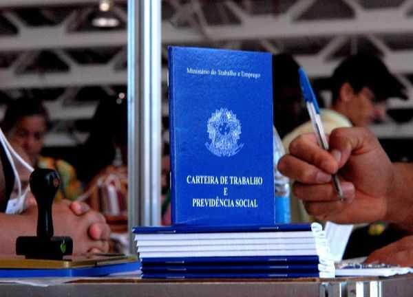 CIEE oferece 2 mil vagas de Aprendiz Legal para jovens entre 14 a 24 anos