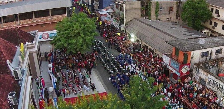 Desfile cívico de 5 de setembro de 2017, público recorde de 15 mil pessoas- Imagem: Chamel Flores / No Amazonas é Assim