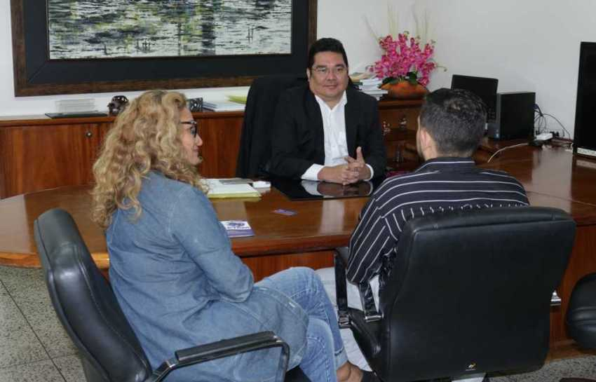 A parceria foi discutida durante reunião na tarde desta segunda-feira (29) com os empreendedores Marcelino Macêdo e Olinda Marinho, que fazem parte da Comunidade Jaraqui Valley. / Foto : Divulgação