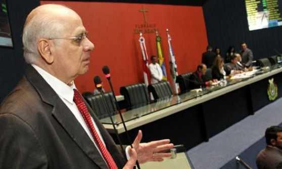 Amazonino atropelou ALEAM e Constituição ao dobrar salário de secretários, afirma Serafim / Foto : Marcelo Araújo