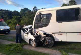 AM-010: Buraco na estrada causa acidente fatal com 3 pessoas da mesma família - Imagem: Divulgação/Corpo de Bombeiros