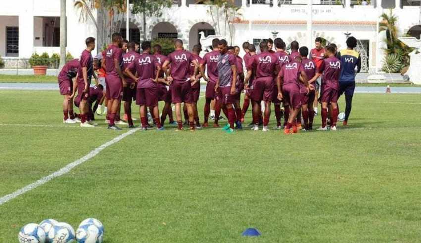 Equipe profissional do Bangu vem treinando no CDA, em Campo dos Afonsos / Foto: Divulgação