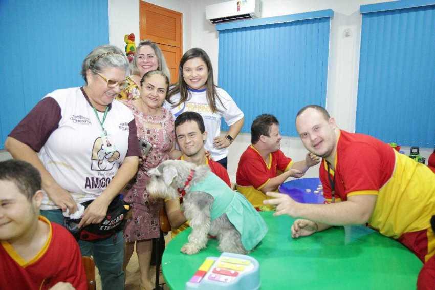 A atividade junto às crianças e jovens com Síndrome de Down aconteceu em alusão ao Dia Internacional da Síndrome, que é lembrada nesta quinta-feira (21). / Foto: Fábio Romão
