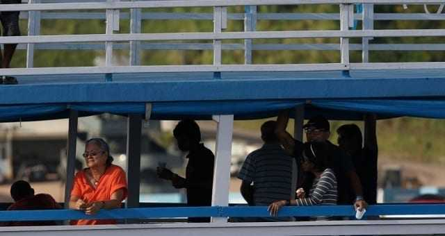 Parintins 2019 – Embarcações são alvo fiscalização para combater descarte irregular de resíduos / FOTO: Ricardo Oliveira