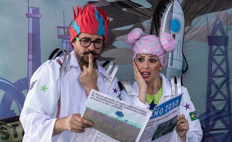 """Atores na peça """"Por um futuro sustentável"""" / Foto : Divulgação"""