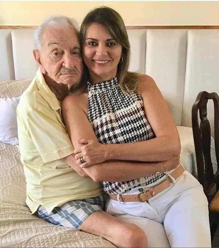 O amor é lindo! Aos 90 anos, Lavoisier Maia, ex governador do RN esbanja amor com sua esposa 40 anos mais jovem | Portal No Amazonas é Assim