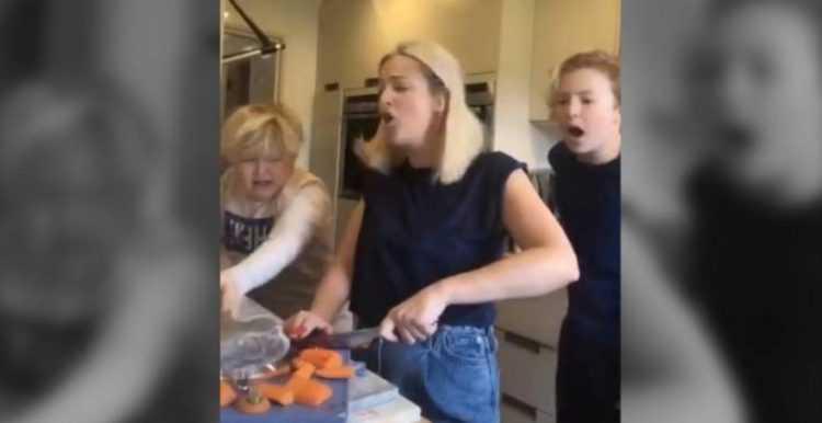 Mãe que finge cortar um dedo e seus filhos se desesperam a gritar / Foto : Reprodução Instagram