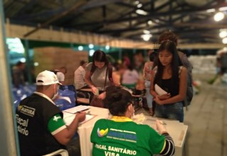 Prefeitura de Amaturá realiza triagem dos passageiros ao desembarcarem no Município
