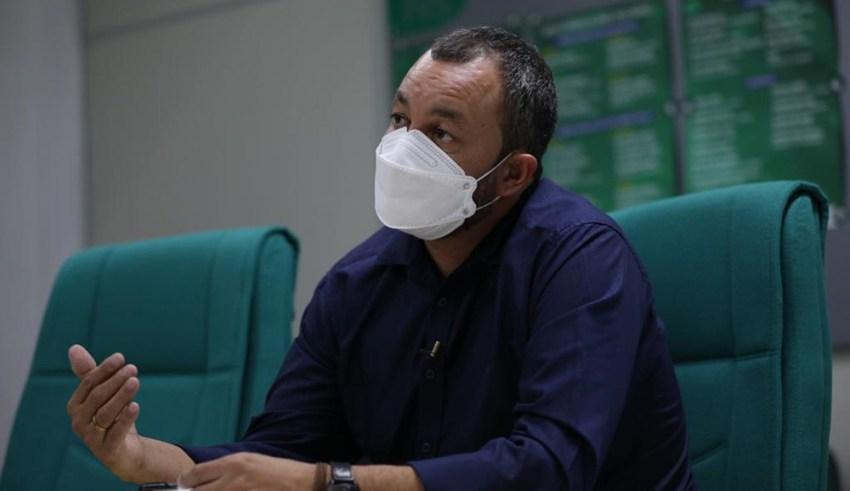 Governo organiza distribuição de 50 mil testes de Covid-19 para o interior