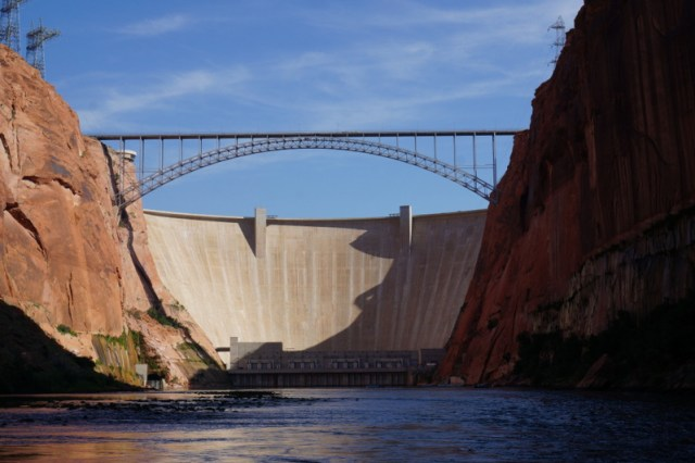 Things to do in Page AZ - Glen Canyon Dam