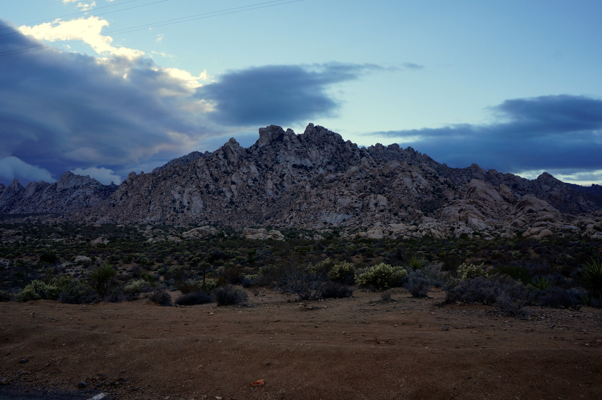 Camping in the Mojave National Preserve - No Back Home
