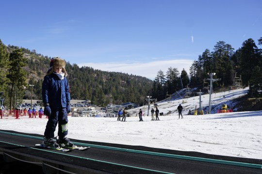 Best Ski Resort for Beginning Skiing Near Los Angeles