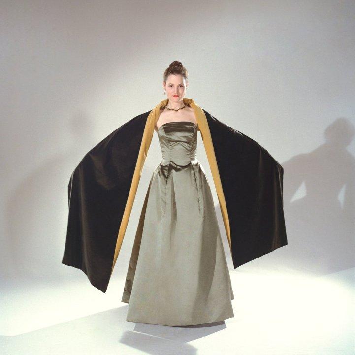 90oscars_phantomthread_costumedesign2