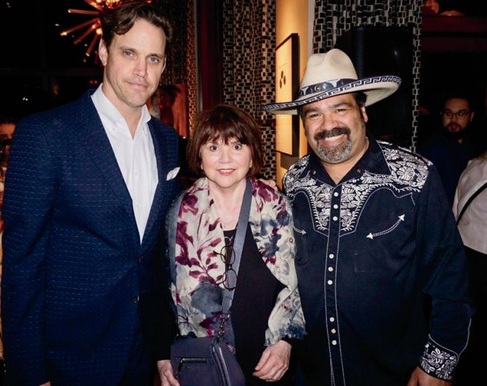Robert Mailer Anderson, singer Linda Ronstadt and Los Cenzontles founder-musician Eugene Rodriguez at a 2017 fundraiser