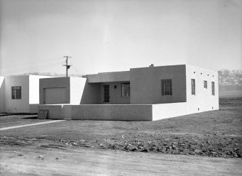 House on N . Aliso by Beach, undated
