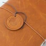 「トラベラーズノート」で旅行の思い出を保管する