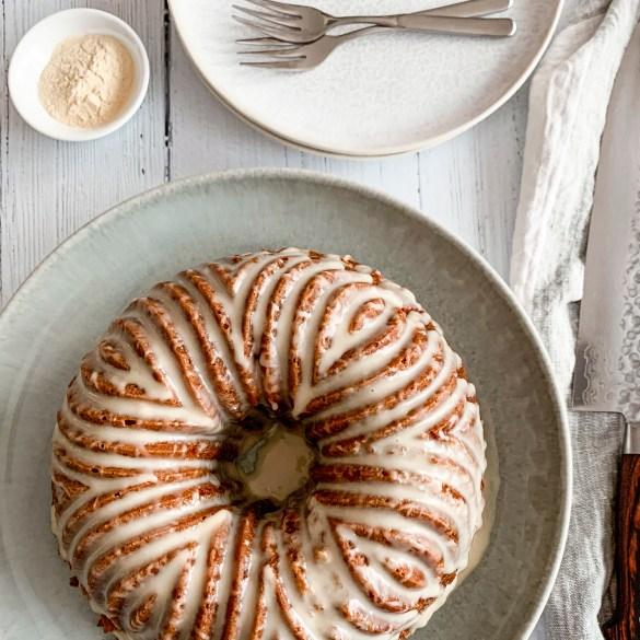 vanilla bean malt bundt cake