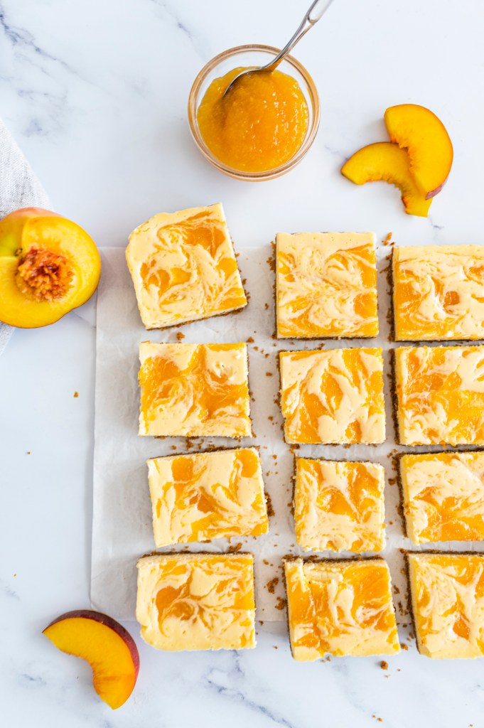 peach-swirl-cheesecake-bars