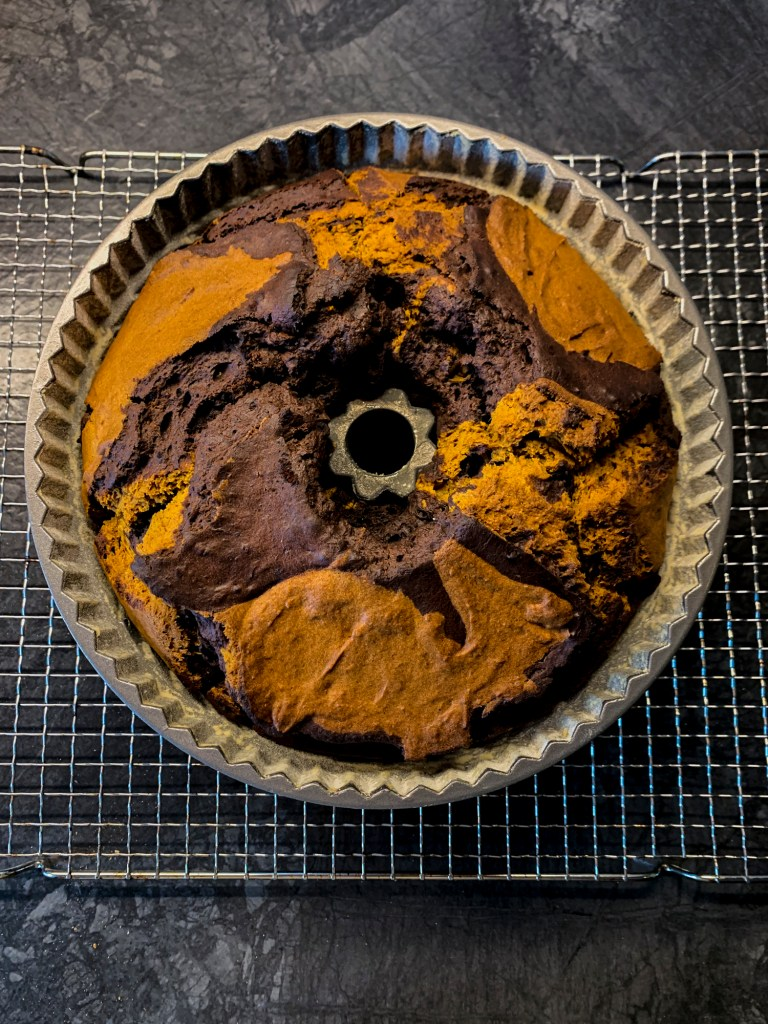 pumpkin-marble-cake