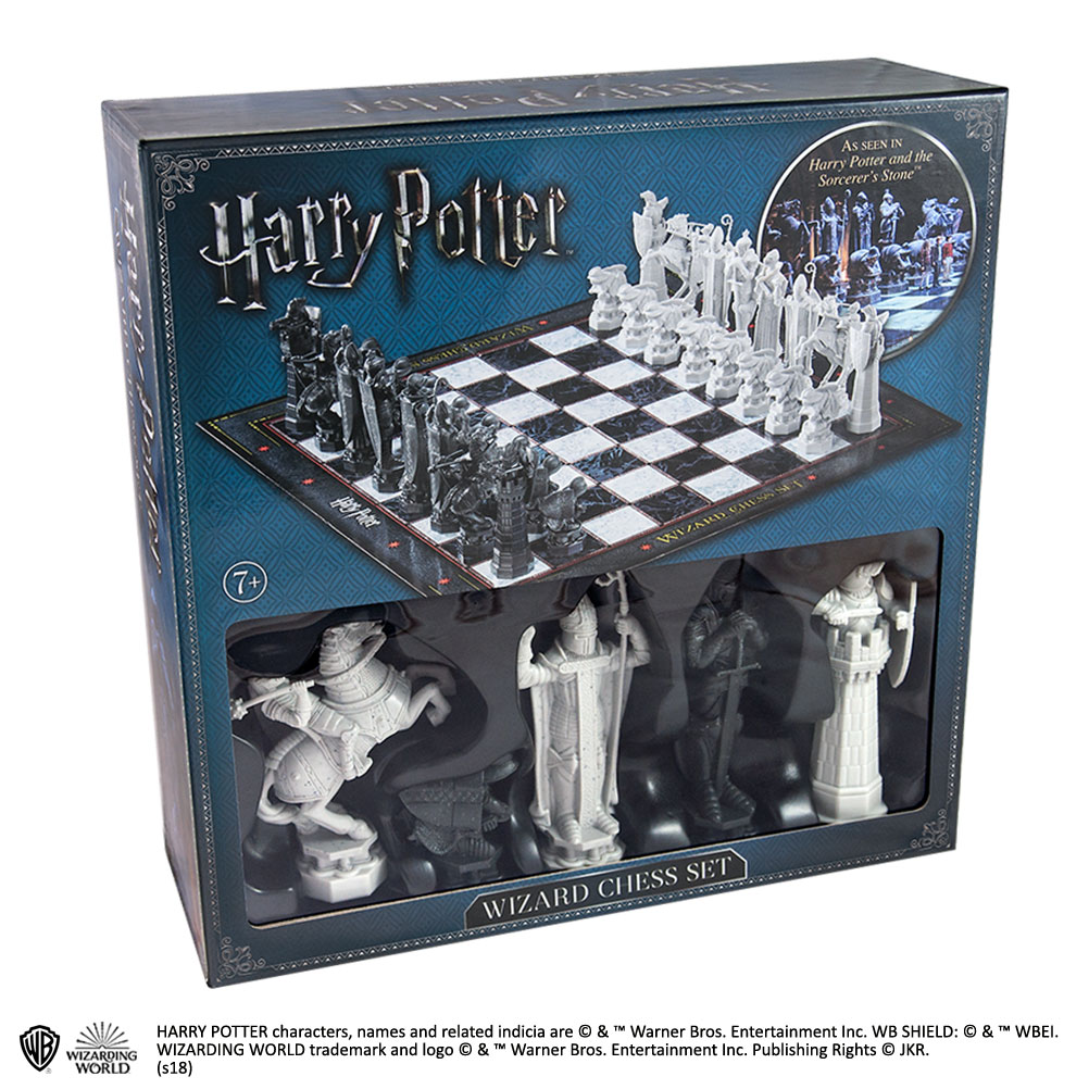 Wizard Chess Set The Noble Collection Uk