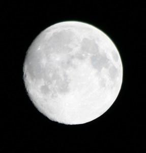 moon-10-31-09