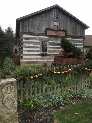 Christmas-cabin