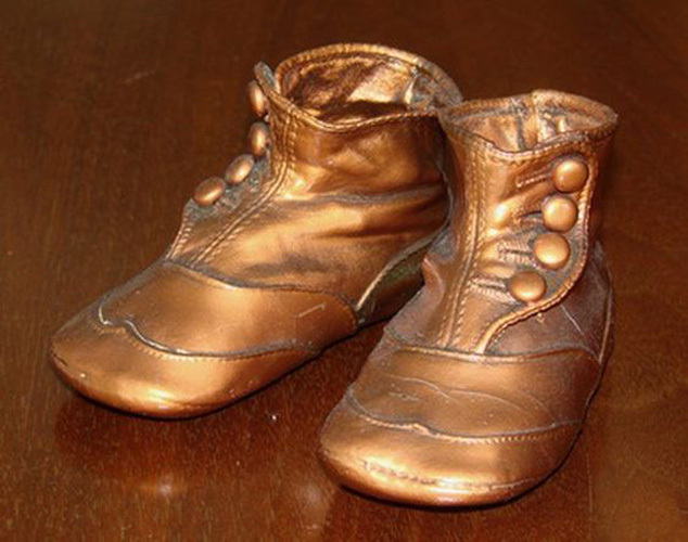 bronzed-baby-shoes