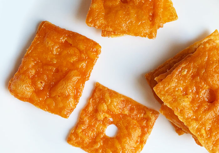Crispy Cheddar Crisps from No Bun Please