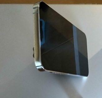 iPhone stehend
