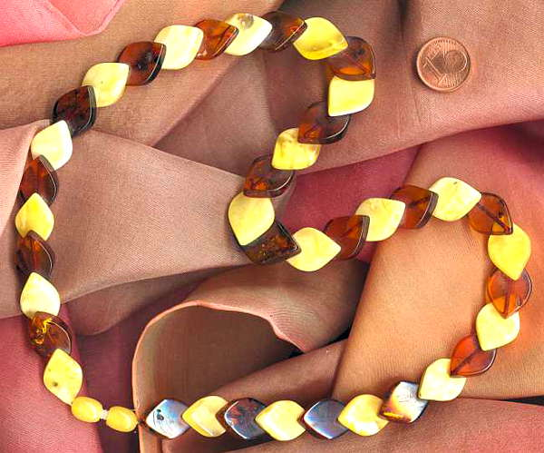 Bernsteinkette braun und gelb