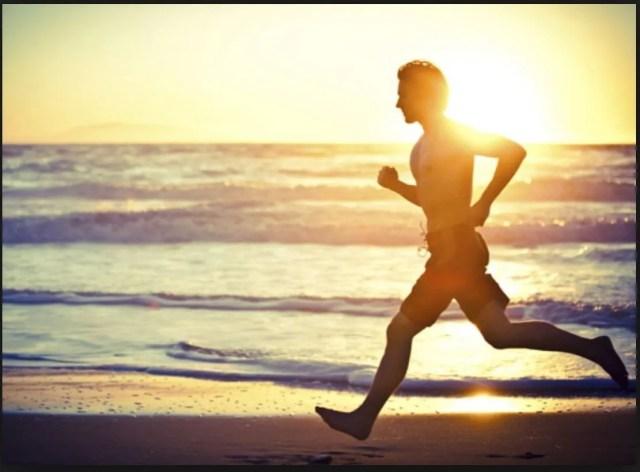 correr por la playa