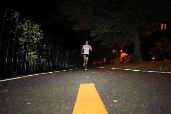 correr de noche