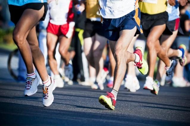 correr una carrera popular