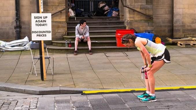 último kilómetro de una carrera popular running