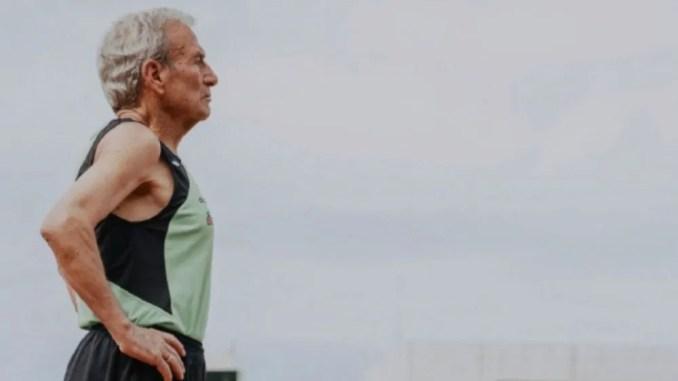 Manuel Alonso récord del mundo de 800 metros en pista cubierta m85