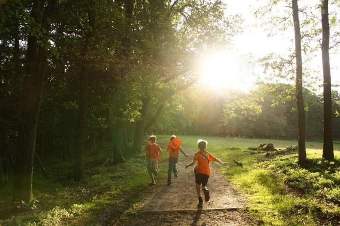 pueden los niños practicar running