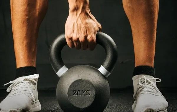 ejercicios de kettlebell para runners