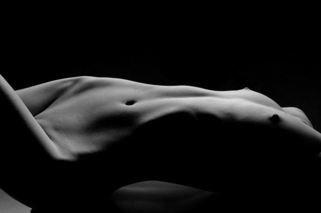 Sesja zdjęciowa 30-40-latki - krajobraz kobiecego ciała