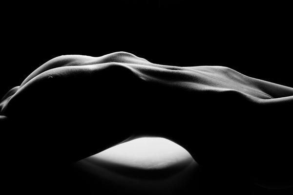 Sztuka, zdjęcia, akty kobiet - piękno kobiecego ciała