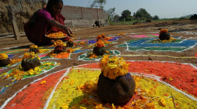 Did You Miss It!!! The Makar Sankranti Festival 2015 (Sanskrit: मकर संक्रान्ति   Telugu: మకర సంక్రాంతి   Tamil: தை பொங்கல் ) via @aajtak #NoCriticsJustArtists