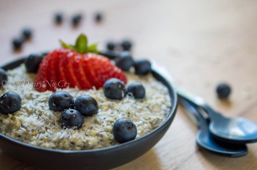 berry oatmeal breakfast bowl7