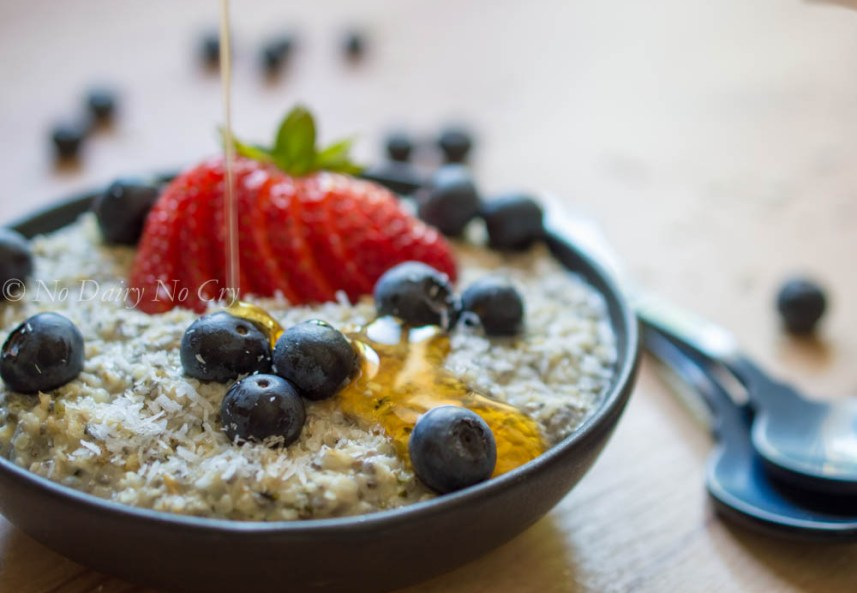 berry oatmeal breakfast bowl8