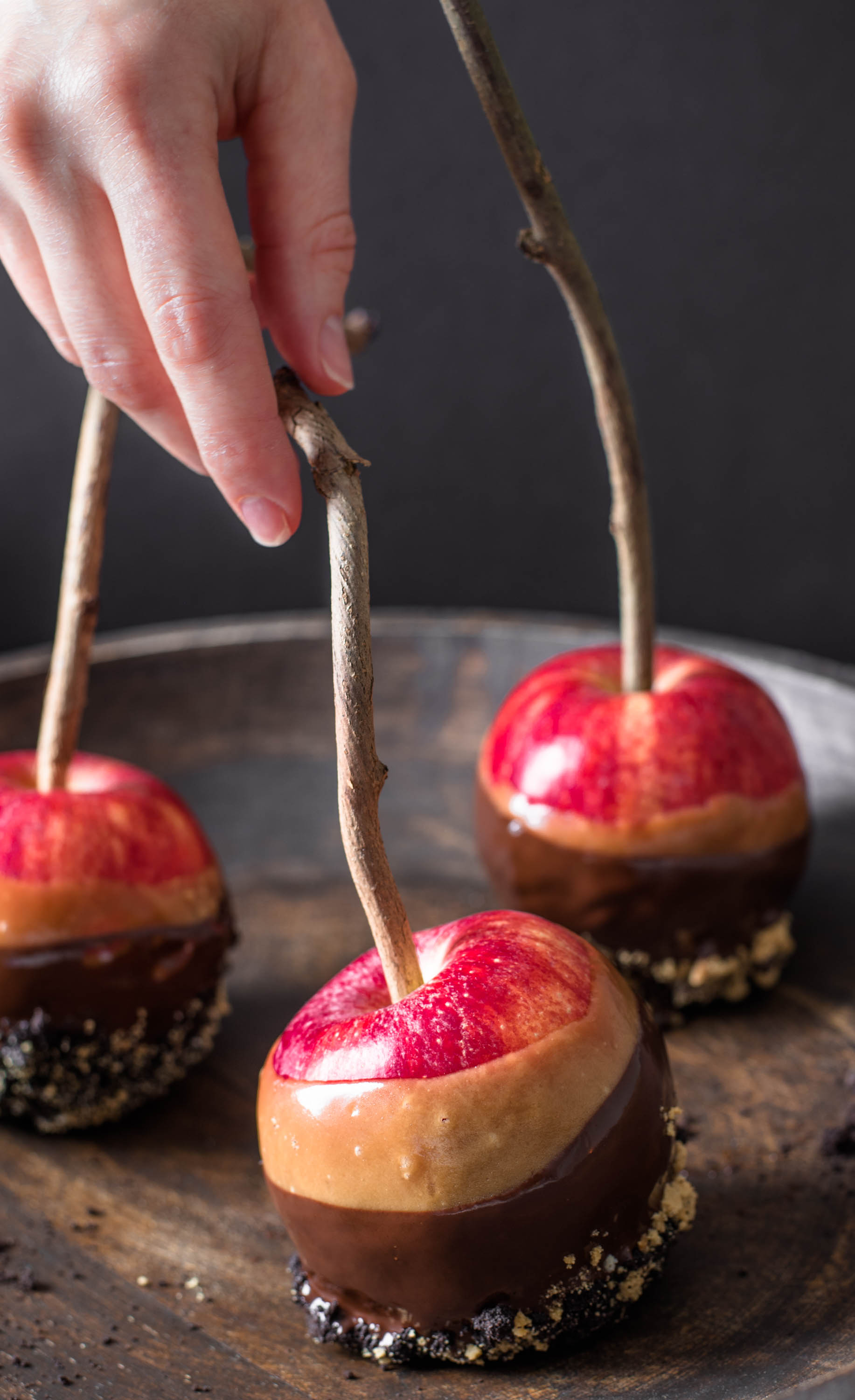 Chocolate Butterscotch Dipped Apples5c