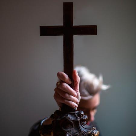 Curso Sectas y cultos religiosos