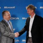 Elop y Balmer tras anuncio de alianza Microsoft-Nokia
