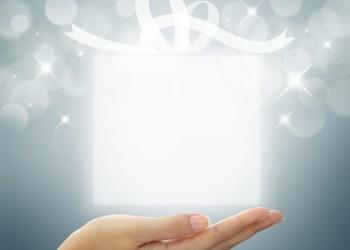 Gift / Shutterstock.com