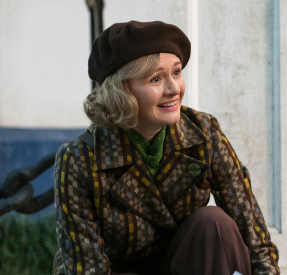 Emily Mortimer is Jane Banks in Disney's MARY POPPINS RETURNS, a sequel to the 1964 MARY POPPINS, which takes audiences on an entirely new adventure with the practically perfect nanny and the Banks family.
