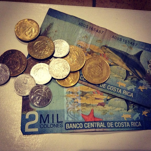 costa rican money, colones